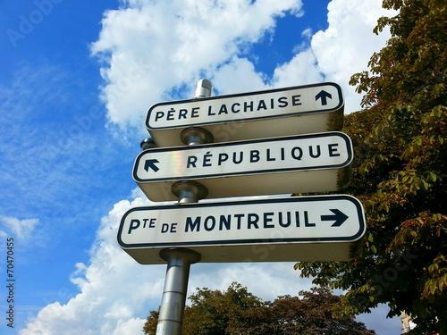 canvas print picture Tourism in paris