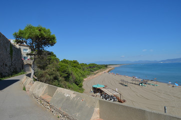 traffic-free coastal walk empires