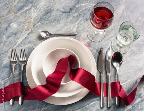 Papiers peints Table preparee edel eingedeckter Tisch im Restaurant