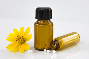 alternative medicine with homeopathic herbal pills
