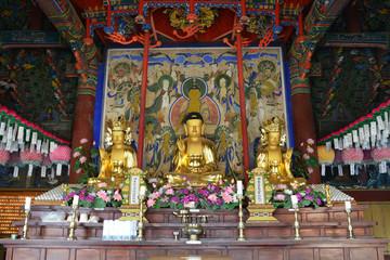 Sinheungsa Temple (Seoraksan) Korea
