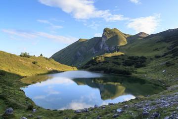 Schochenspitze mit Spiegelung in See