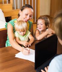 Mother and assistant arranging details