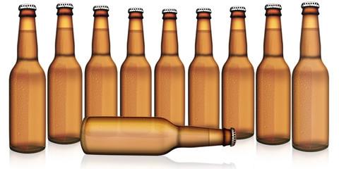 braune Bierflaschen freigestellt