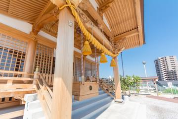 シロヘビ神社
