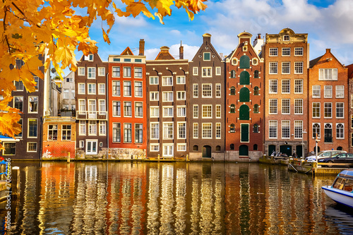 Foto op Canvas Europese Plekken Old buildings in Amsterdam