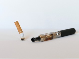 Electronic cigarette replacing tobacco cigarette
