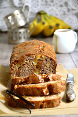 Apple and banana cake with caramel.