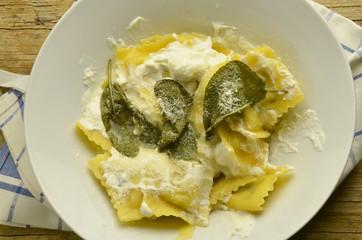 Ravioli pикотта y salvia Cucina italiana Italian food Expo 2015