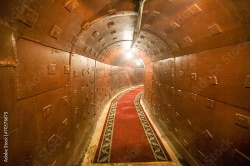 russian underground tunnel - 70576675