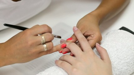 Fingernail treatment nail extension, painting with brush and gel