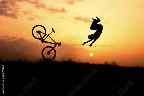 Fotobehang Wielersport çılgın bisiklet sürücüsü