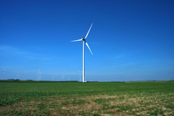 Pylone éolienne