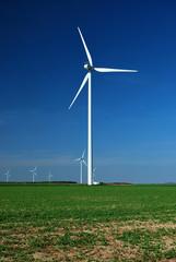 éolienne en plaine