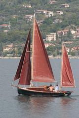Barca storica sul lago di Garda