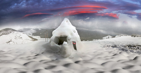 Construction of the house and climbing the snow caves.