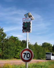 Radar pédagogique bonne vitesse