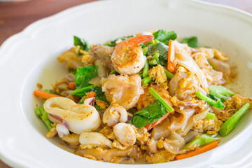 Fried Noodle with Seafood