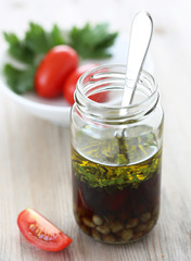 Salad dressing with parsley and capers