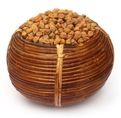 Chick-peas in cane basket