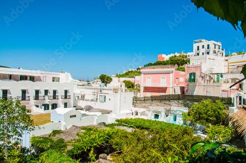 Leinwanddruck Bild Case sull'isola di Ponza