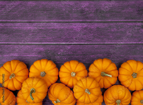 Autumn Pumpkin Thanksgiving Background - 70645682
