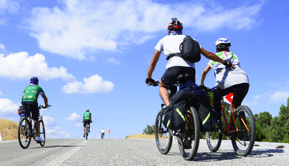 bisikletçi yardımlaşması