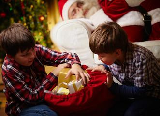 Choosing gifts