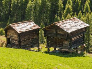 Zermatt, Dorf, Schweizer Alm, Alpen, Findeln, Ställe, Sommer