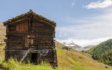 Zermatt, Dorf, Alm, Findeln, Stall, Bergwiesen, Schweizer Alpen