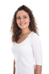 Hübsche junge Frau mit Naturlocken: isoliert blickt nach oben