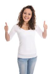 Siegreiche glückliche junge Frau freigestellt