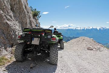 Mit dem Quad auf dem Berg