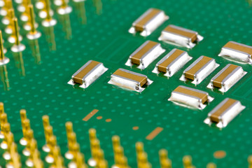 Small SMD capacitors on processor