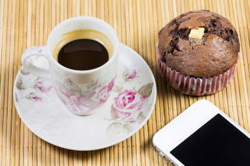 Breakfast with mobile device