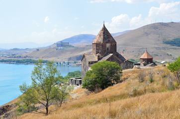 Армения, монастырь 1 века Севанаванк, Сурб Аракелоц