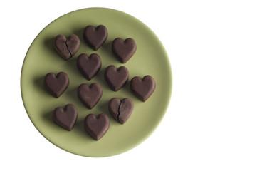 Schokoladeherzen - zwei davon sind gebrochen