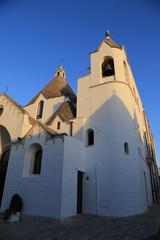 chiesa di sant'antonio ad alberobello in puglia