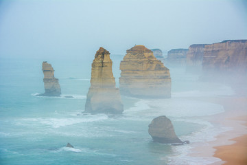 12 Apostels with Fog