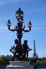 Tour Eiffel depuis le pont Alexandre III