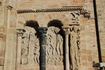 Abbatiale Saint-Pierre de Beaulieu-sur-Dordogne.