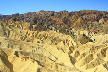 valle della morte montagne