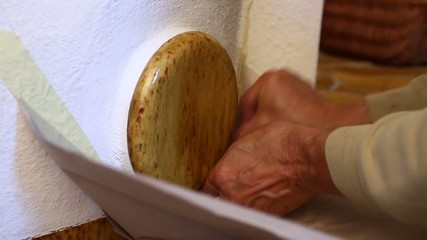 Cleaning the gas passes of a masonry heater