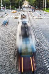 Straßenbahn in Bewegungsunschärfe