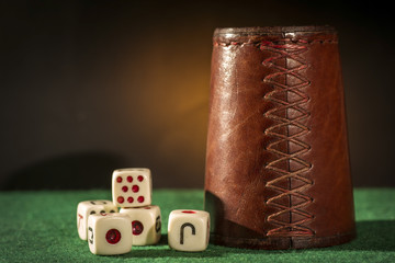 Dice Cup with Dices