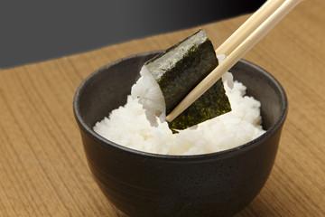 味付け海苔とご飯