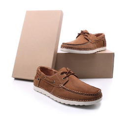 Men's shoes with cardboard