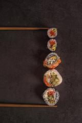 Maxi assorted sushi