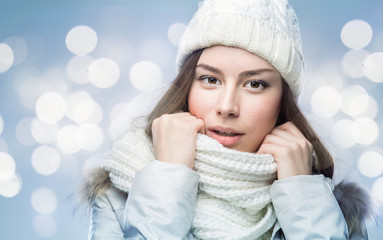 Face girl in winter hat