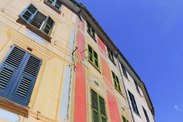 Farbige Altbauten